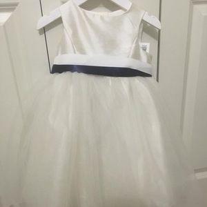NWT David's Bridal Flower Girl Dress 2T